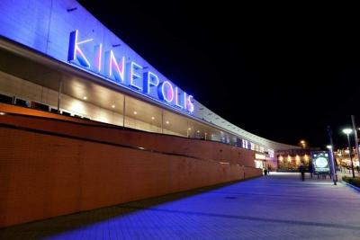 La empresa Viales y Obras Públicas, S.A, resulta adjudicataria de las obras de Reforma de la Sala 4DX de Kinepolis en Pozuelo de Alarcón, por un importe de 220.891 Euros