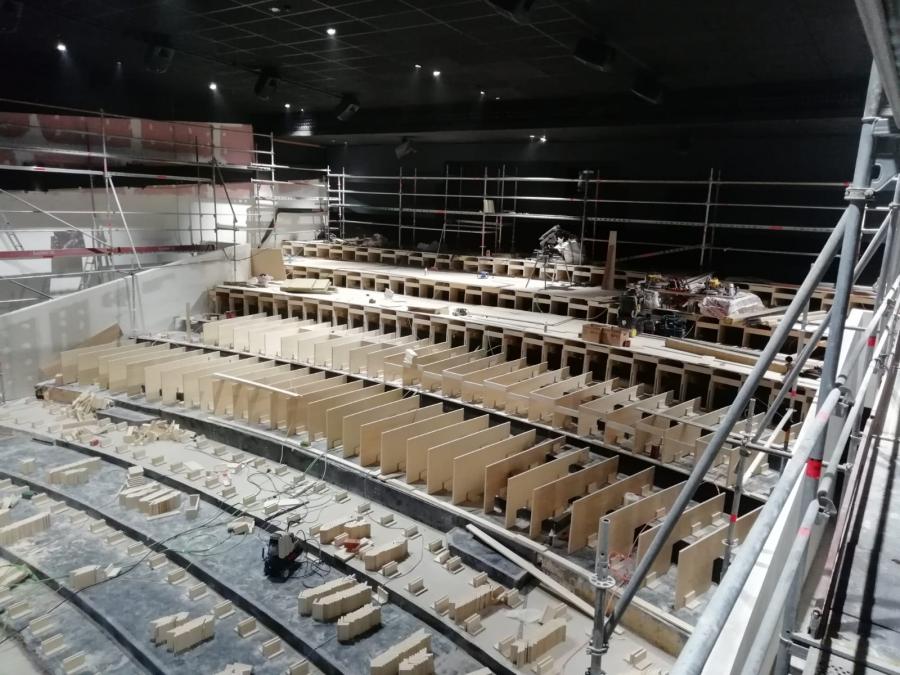 Adecuacion del Complejo Cinematografico de 12 Salas de Cinesa Equinocio, en Majadahonda (Madrid)