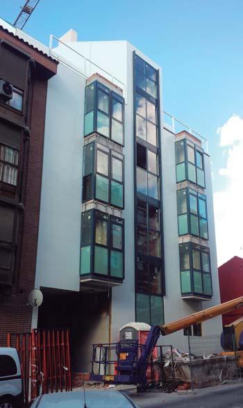 Construcción de bloque de 9 viviendas en la calle Palomeras nº 15, D.M. Vallecas (Madrid).