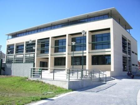 Adaptacion del Centro Ludico de Valdemoro para Sede de Tres Juzgados en la Glorieta de Las Sirenas S/N, en Valdemoro (Madrid)