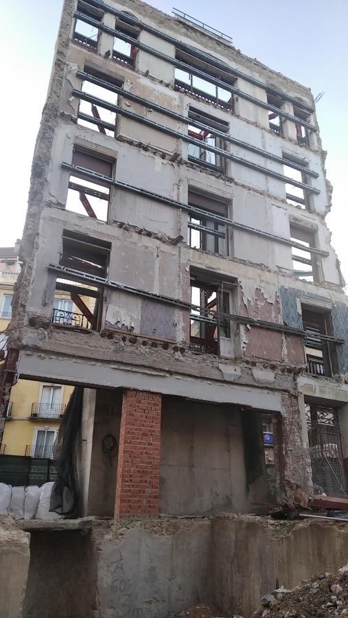 22 viviendas, con garaje y locales en Cuenca
