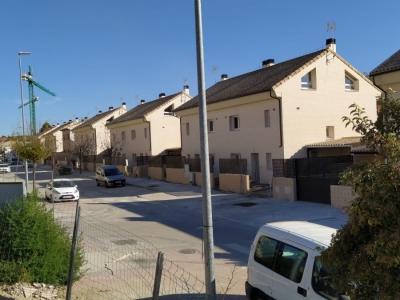 Promoción de 61 viviendas unifamiliares pareadas en Rivas Vaciamadrid