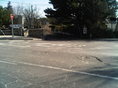 Firme carretera M-611 en Miraflores de La Sierra (Madrid)